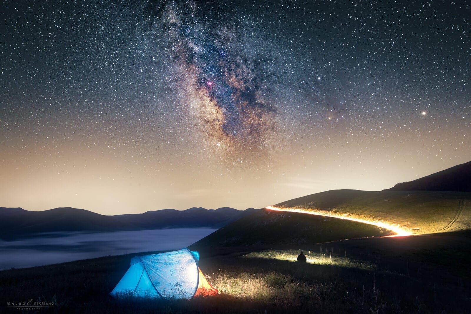 camping under the stars in castelluccio