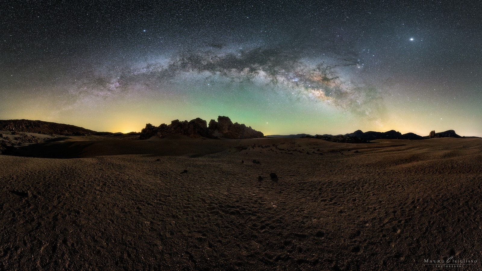 dry land under milkyway in canary islands